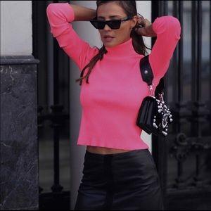 e10616c099920 ... ZARA Ribbed Neon Turtleneck Sweater ...